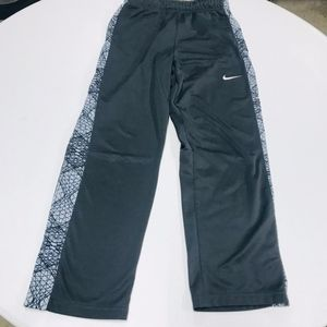 Nike Boys Athletic Pants XL Gray Dry-Fit